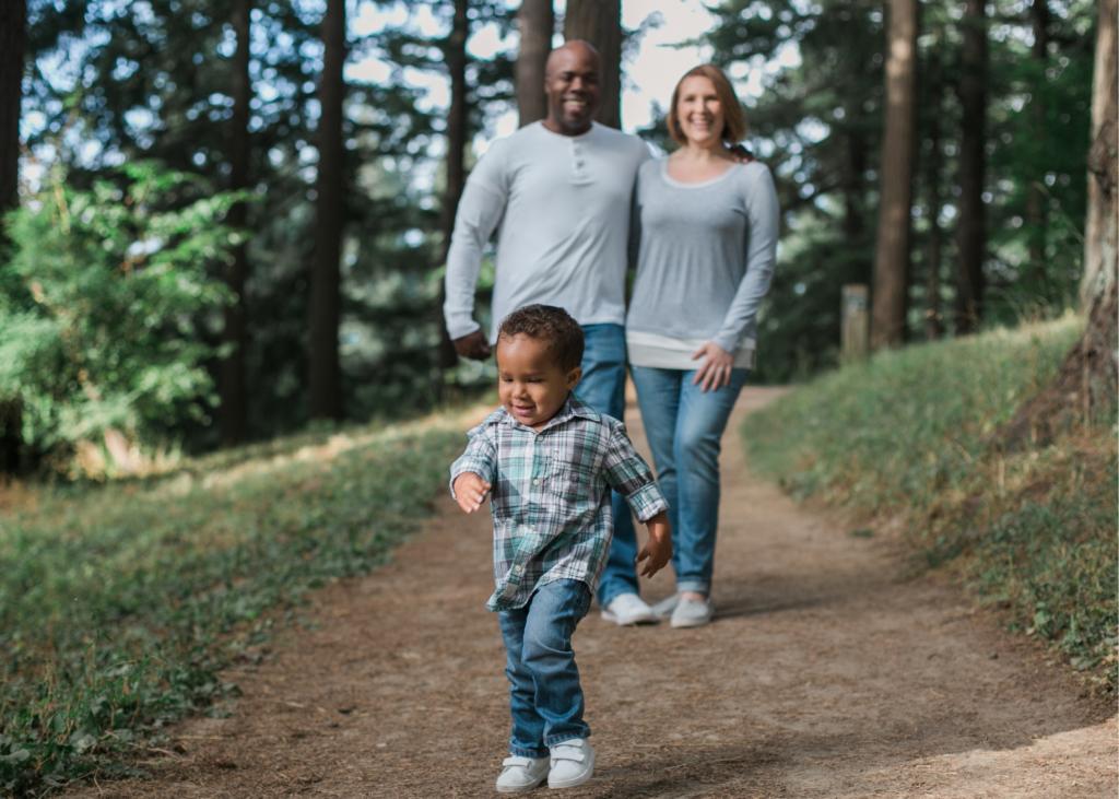 AKTA-Liv-Endocrinologia-Pediatrica-Obesidade-Infantil-familia-atividade-fisica
