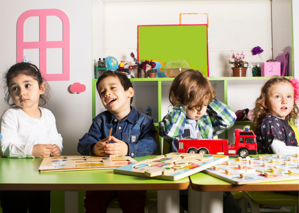 AKTA-Liv-Endocrinologia-Pediatrica-Baixa-Estatura-crianças-da-mesma-idade